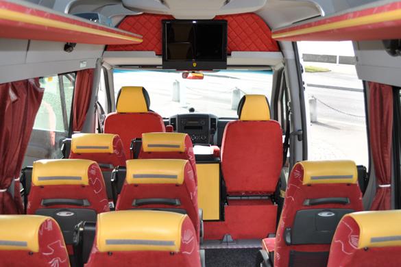 Limousine Mercedes Viano (07 places)